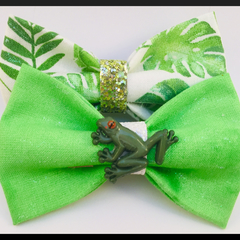 Frog and Fern, Hair Bows comes as a set of beautiful hair clips