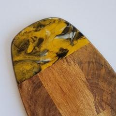 Oval resin art cheeseboard