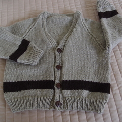 SIZE 4 yrs - Hand knitted cardigan: washable, OOAK, boy