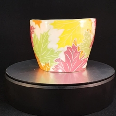 Maple leave design ceramic bowl