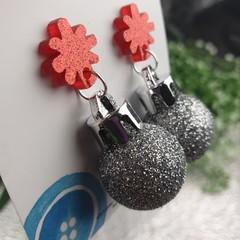 Christmas Baubles - SILVER Glitter Sparkle - Button - Stud Dangle earrings
