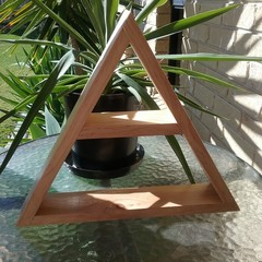 Triangle Display Shelf - Clear