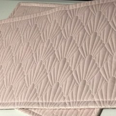 Luxurious Pink Quilted Mat