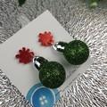 Christmas Baubles - GREEN Glitter Sparkle - Button - Stud Dangle earrings