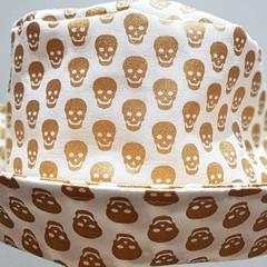 HALLOWEEN BUCKET HAT MINI GOLDEN SCULL