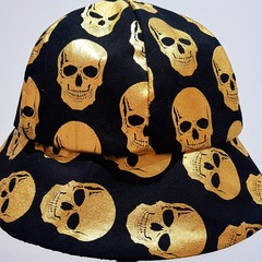 HALLOWEEN GOLDEN SCULL