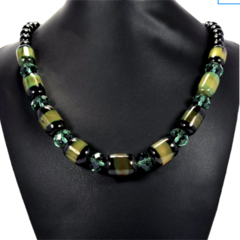 Genuine Green AGATE Gemstones and Diopside Crystals, Beautiful Necklace.