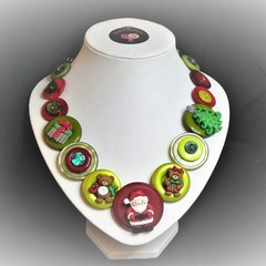 Christmas button necklace - Here Comes Santa!