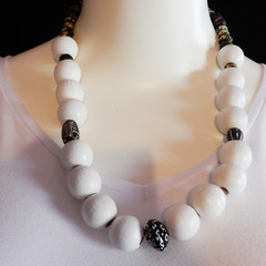Statement Necklace in White & Black
