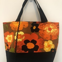 Shopping or general-purpose tote bag – retro lots of flowers print 2