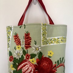Shopping or general-purpose tote bag – retro Australian native flowers 2