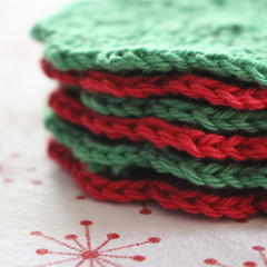 6 Christmas Crochet Coasters