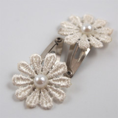 Classic cream lace baby snap clips