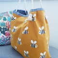 Bee tote // market bag // beach bag // eco friendly shopper // mustard bag
