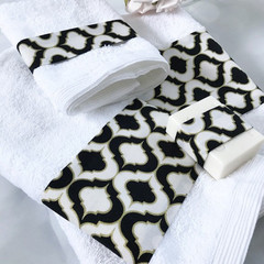 Personalised bath towels set 