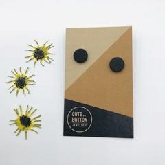 Textured Vintage Floral Studs - Black