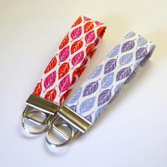 2 x Wrist Key Fobs / Keyrings - Purple Leaves, Red Leaves