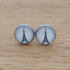 Glass dome stud earrings Eiffel tower