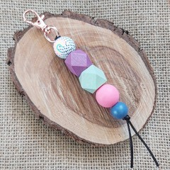 Keyring- rainbow bead