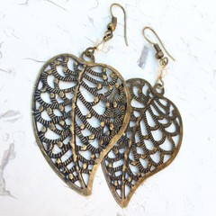 Pretty Bronze Tone Stamping Leaf Charm Hippy Bo-ho Earrings