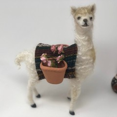 Needle felted llama, poseable felt animal, unique gift, nursery decor