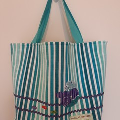 Beach tote bag – stripes with whale