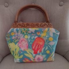 Wildflower Handbag with Wooden Handles