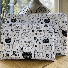 Kitty Themed Zipper Pouch