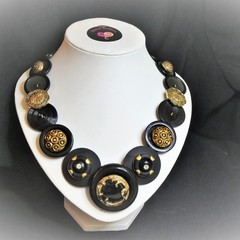 Vintage black and gold button necklace - Black Beauty.