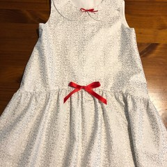 Very cute toddler's Christmas dress