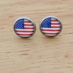 Glass dome stud earrings American flag.