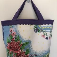 Shopping or general-purpose tote bag – retro Australian native flowers waratah