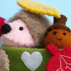 Hedgehog and Acorn - Miniature Felt Animal Toys - Dollhouse Softies