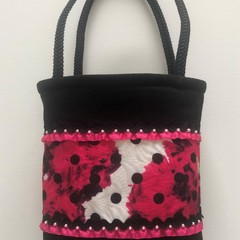 Dressy handbag – tote style – carnation print with glass bead detail