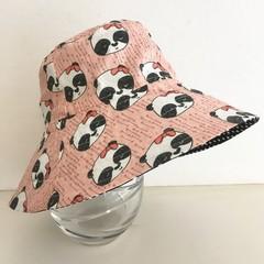 Girls summer hat in pink pandas fabric