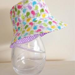 Girls summer hat in mini birdies fabric