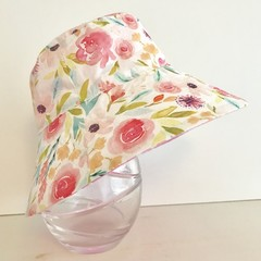 Girls summer hat in watercolour floral fabric