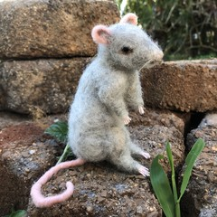 needle felted mouse, rat, needle felted animal, OOAK handmade