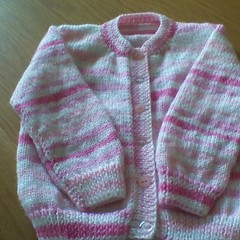 GIRLS PINK CARDIGAN MADE TO FIT 3 YEAR OLD.