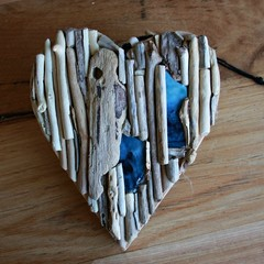 Driftwood heart with artglasswall hanging