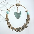 Driftwood rustic ring with a turquoise bird wall decor