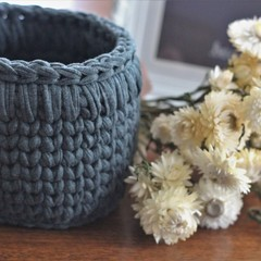 Crochet basket - grey, extra large