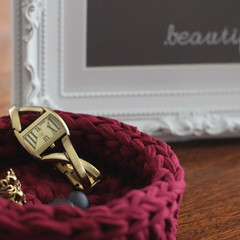 Crochet basket - Burgandy