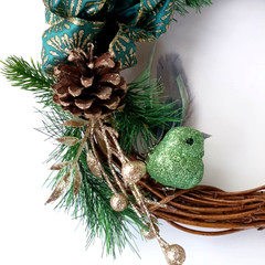 Small Christmas Wreath - Twisted Vine with Green Bird (Small - 25cms )