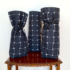 Gift Set for Men. Wine Bottle Holder Bags.