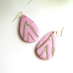 Large Pink and Gold Strip Teardrops