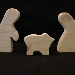 White wash 3 piece wooden nativity set