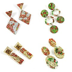 Tradtional Christmas colour earrings