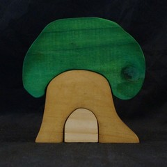 3 piece tree house puzzle
