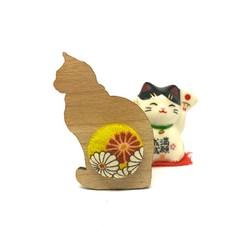 Kimono Cat Brooch - Mustard Flowers